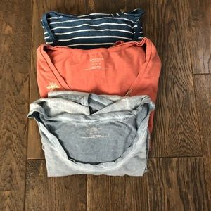3 maternity t shirts.